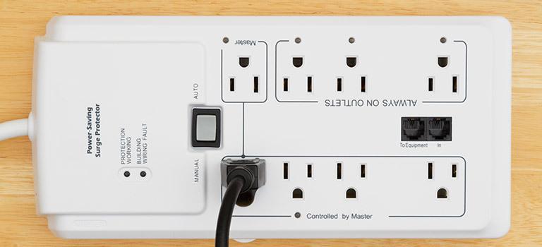 surge protector power bar device